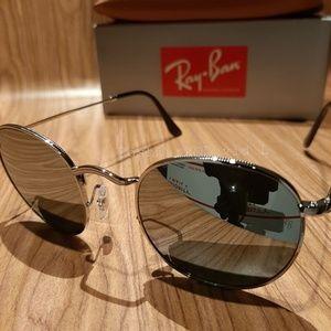 Ray-Ban Round Metal Mirror lense / Silver frame